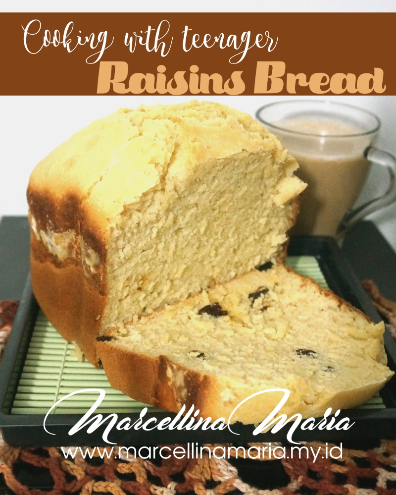 Cooking with teenager: raisins bread, super easy with bread maker